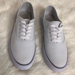 A New Day women's Layla canvas sneakers size 9